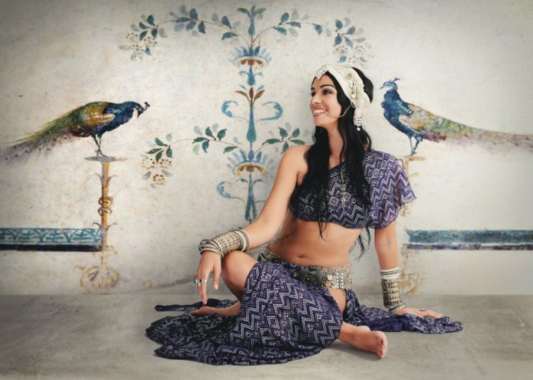 study Indian fusion dance online